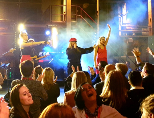 SugarCity stralend middelpunt internationaal feest FIDI met optreden Boston Tea Party