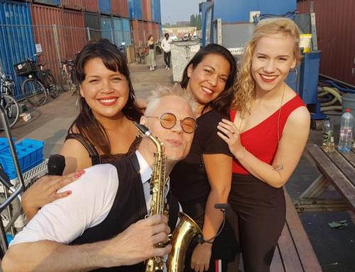 Eurosongfestival avond wordt historisch moment bij Pllek in Amsterdam